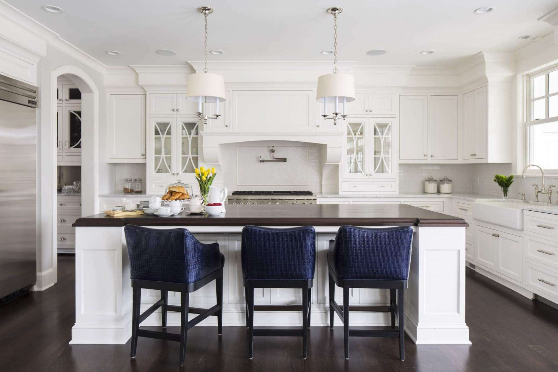 Lakeview Traditional White Kitchen